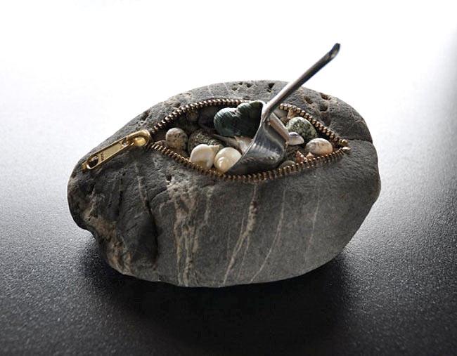 Ce que réalise Hirotoshi Itoh avec des pierres est surprenant