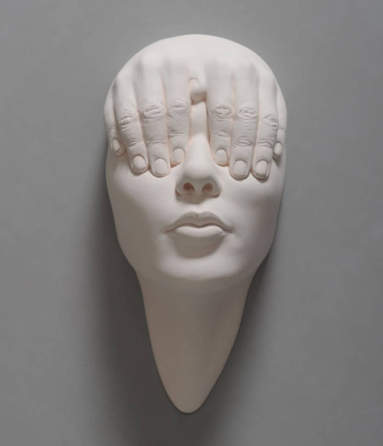 Les sculptures de fou de Johnson Tsang